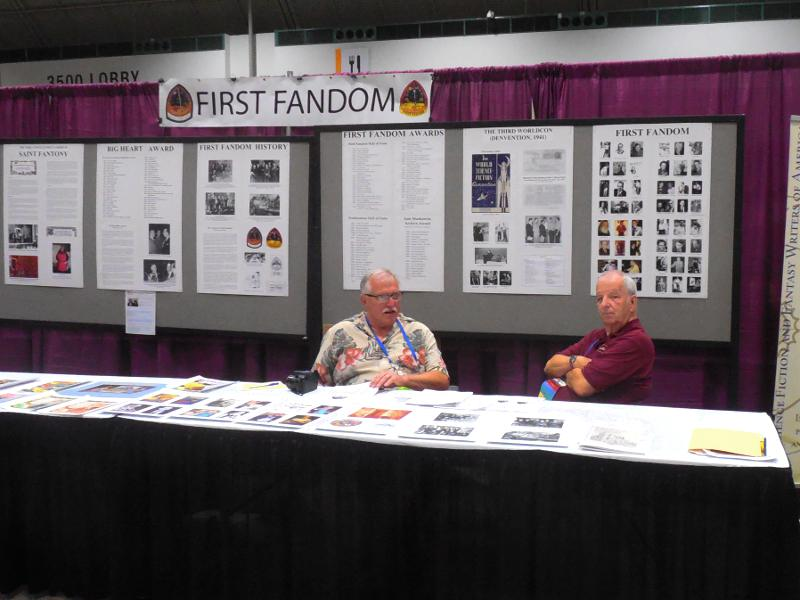 Keith Stokes and Steve Francis at First Fandom's fan table